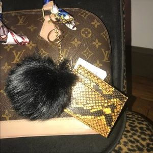 Keychain Poof and card holder